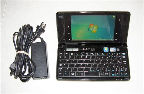 Fujitsu Umpc What Will You Do With The Two Cameras by Fujitsu Fmv Lifebook Umpc Ug90 G90b Mini Pc Intel 2 00ghz