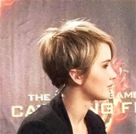 jennifer lawrence hair colors for two toned pixie 30 best ideas about undercut pixie on pinterest angled