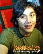 film layar lebar vicky nitinegoro vicky nitinegoro kikuk di film pertama kapanlagi com