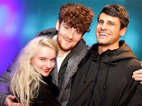 symphony clean bandit ft zara larsson wiki clean bandit my at40 wiki fandom powered by wikia