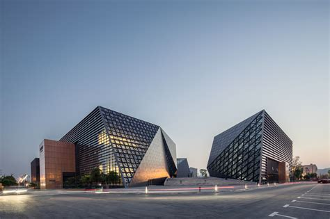 Drawing Center by Bishan Cultural And Center Tanghua Architect
