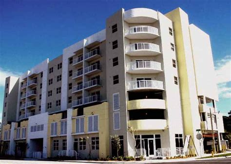 Apartment For Rent In Biscayne Miami Biscayne Court Senior Housing In Miami Fl After55