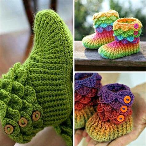 hollydoll crochet boot slippers pattern high knee crochet slipper boots patterns to keep your