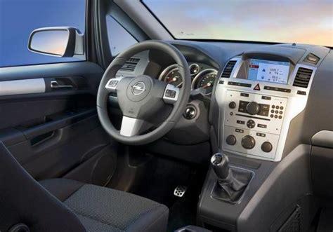 opel zafira interni auto monovolume 7 posti prezzi e modelli a confronto