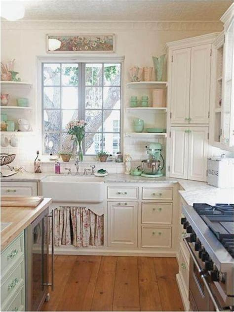 Cottage Style Kitchen Cabinets by 1000 Images About House On Dish Sets