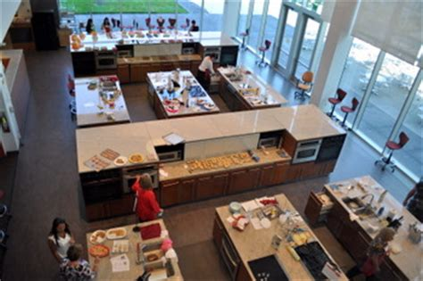 Betty Crocker Kitchens by Betty Crocker Kitchens