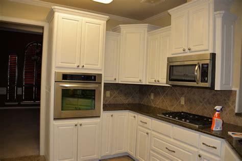 annie sloan kitchen cabinet makeover annie sloan kitchen makeover carley kelley