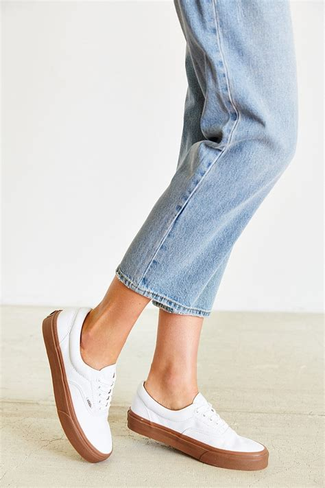 white sneakers gum sole vans era white gum sole sportscafeen nu