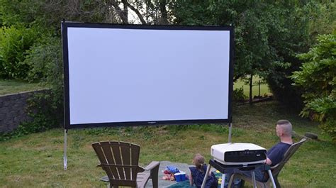 Backyard Projector Screen by Best Outdoor Projector Screen Outside