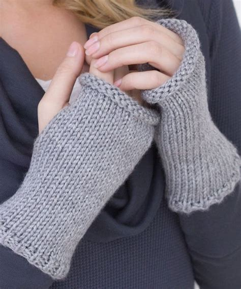 wrist warmers free knitting pattern hearts knitting and knitting patterns on