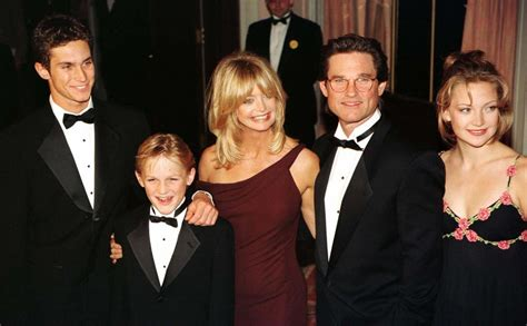 christopher russell and kurt russell kate hudson oliver hudson are dead to me bill hudson
