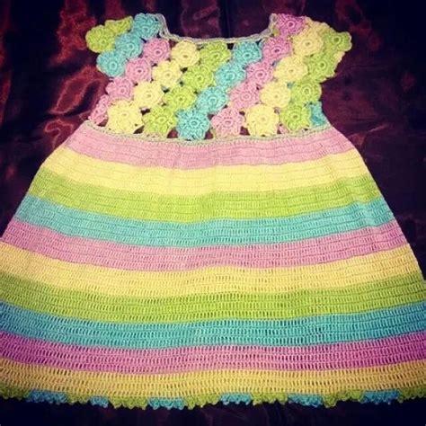 Dress Bunga Berkerah 1000 ide tentang gaun bunga bunga di gaun