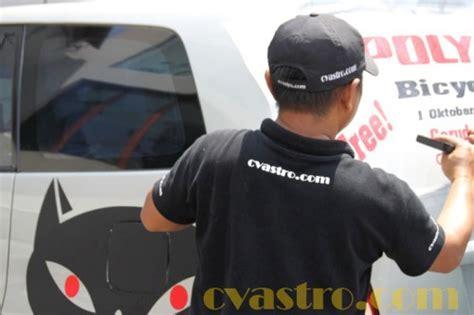 Cat Akrilik Asturo tips dan cara memasang sticker branding mobil astro