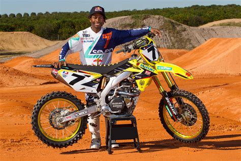 one motocross yoshimura suzuki factory racing counting down to anaheim