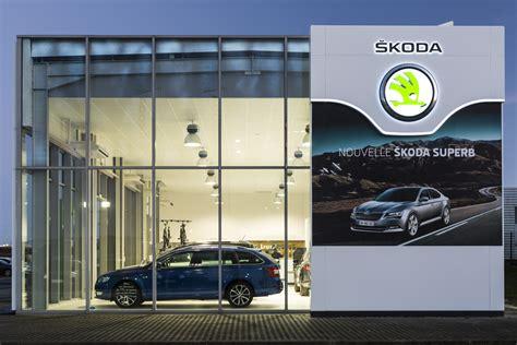 skoda car showroom dealer rebranding in record time 1500 škoda dealerships