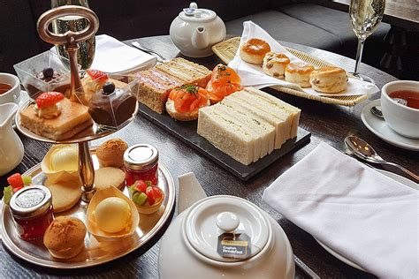 8 Places You To Afternoon Tea At by Chagne Afternoon Tea For Two At The Courthouse Hotel