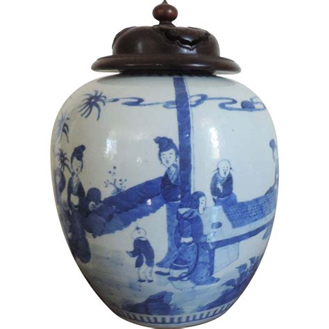 blue and white porcelain large antique 19th century chinese blue and white