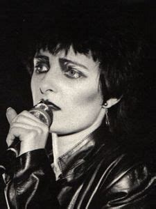 10 male musicians with the best rock punk hip hop and emo 22 best images about rock goddesses on pinterest