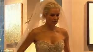 yolanda fosters wedding gown yolanda foster s blissful life and lavish wedding