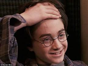 Harry Potter Scar Is Not A Lightning Bolt Jk Rowling Congratulates After Baby Is Born