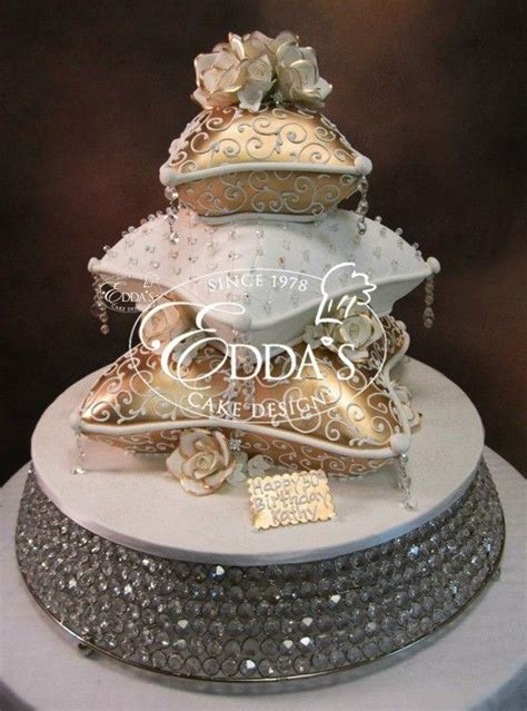 Wedding Cake Your Pillow by Pillow Cakes Pillows And Cakes On