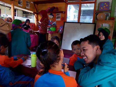 Pendidikan Konstruktif Bagi Kelompok Kelompok Khusus Anak Anak Cacat pendidikan dan kreatifitas kelompok 78 kkn unsyiah