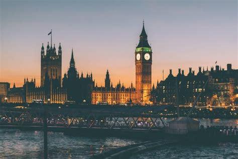 engaging london  pexels  stock