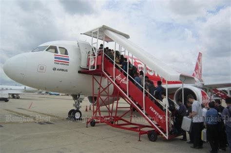 airasia incident airasia chiefs to apologise to attendant good articles