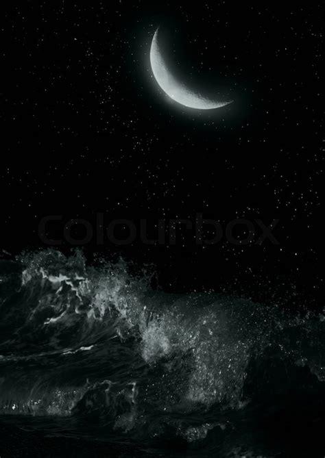 Tenda Halfmoon 2 Half Moon The Sea At Stock Photo Colourbox