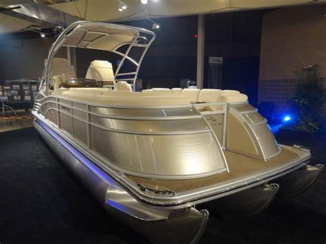 bennington pontoon boat test 10 top pontoon boats of 2013 boats