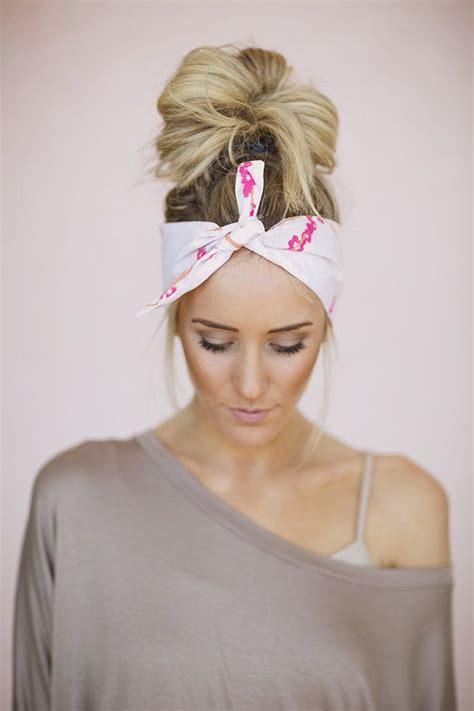 ways to wear bandanas on hair 22 best bandannas images on pinterest bandana hair