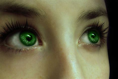 %name Colored Lenses   Is it Possible to Fake Heterochromia using Colored Contact Lenses?   UNIQSO