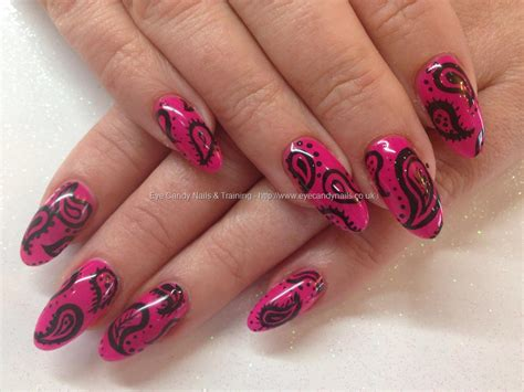 Manicure Gel eye nails ibd parisol gel with freehand paisley nail design