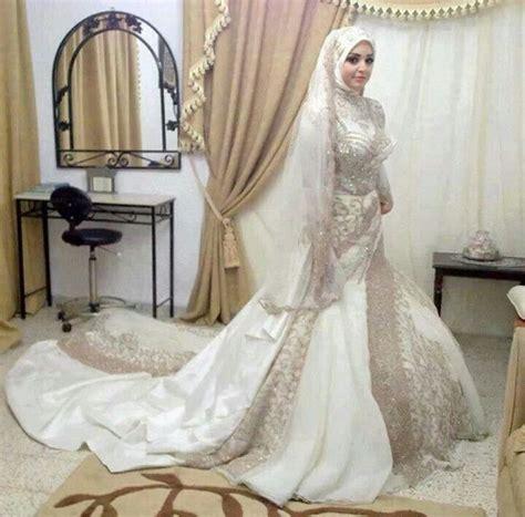 fotos de vestidos de novia arabes أشيك فساتين زفاف محجبات 2015 موديلات حديثة ومتميزة