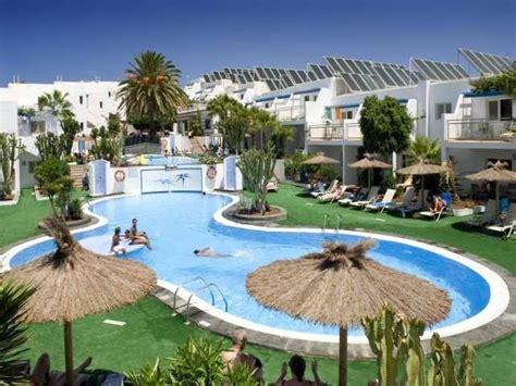 parque tropical apartments puerto del carmen lanzarote canary islands book parque tropical