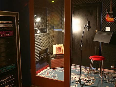 swing house studios studio tour hollywood s swing house studios in pictures