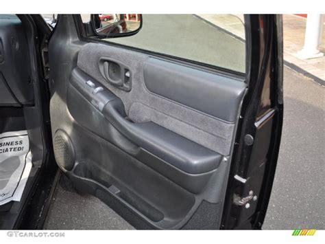 2000 Chevy Blazer Door Panel by 1998 Chevrolet Blazer Ls 4x4 Door Panel Photos Gtcarlot