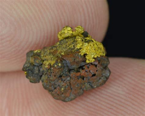 gold hematite 1 10 gram california gold hematite