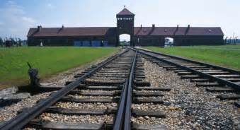 Auschwitz tour from krakow images tour tour 001 01 medium jpg
