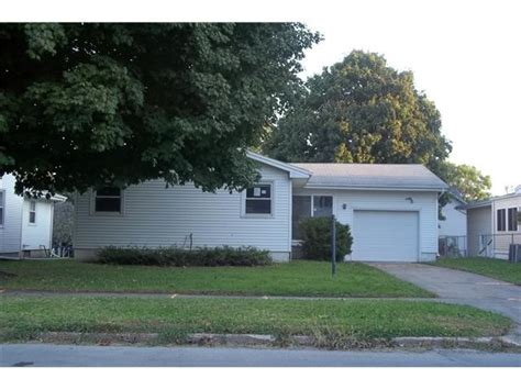 houses for sale marshalltown iowa 1603 w main st marshalltown ia 50158 detailed property info reo properties and