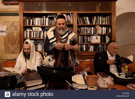 gerald hüther die macht der inneren bilder ultra orthodoxe juden beten im inneren die grabst 228 tte