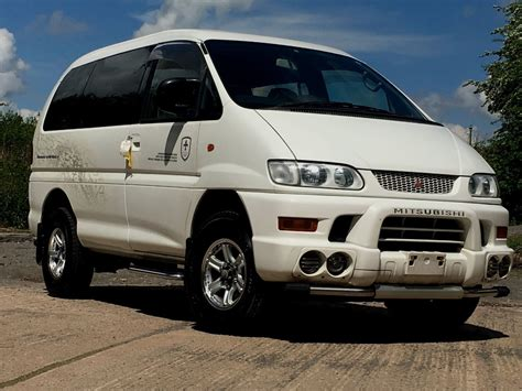 mitsubishi delica l400 for sale used mitsubishi delica 30 l400 8 seater auto 4x4 for sale