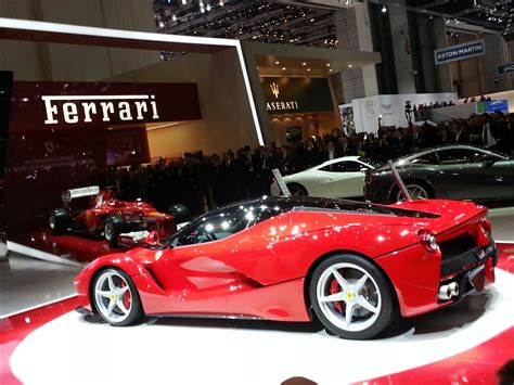 L Ferrari Price by All Sports Cars Sports Bikes The New And Letast