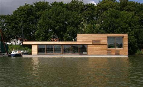 floating houses barge homes usa pictures to pin on pinterest pinsdaddy