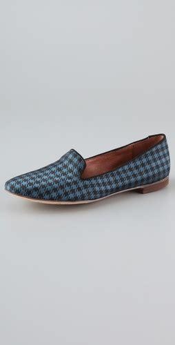 alvin slipper flattering50 fashion 50 blues for you