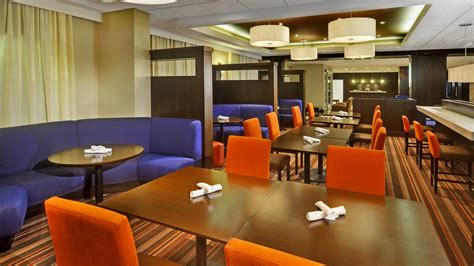 mississauga best restaurants restaurant in mississauga four points by sheraton