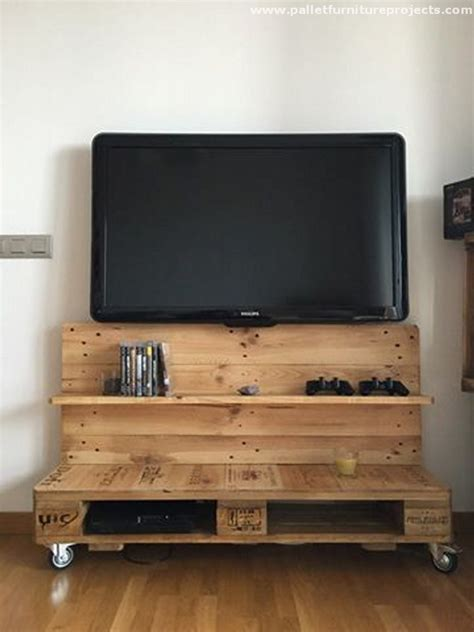 Reused Wood Pallet TV Stand with Shelves   Pallet