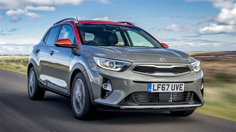 kia suv price new kia stonic small suv prices from 163 16 295 motoring