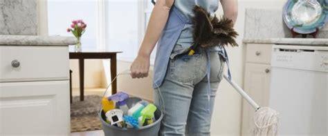 pulizie di casa in inglese se andate a vivere da soli dovete sapere queste 17 cose