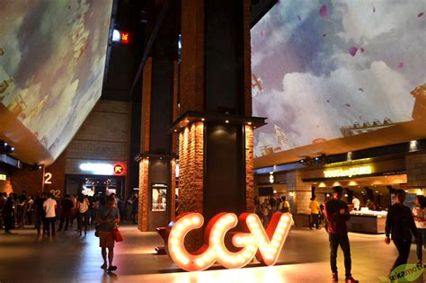 cgv grand galaxy park cgv blitz grand indonesia bioskop flagship pertama milik